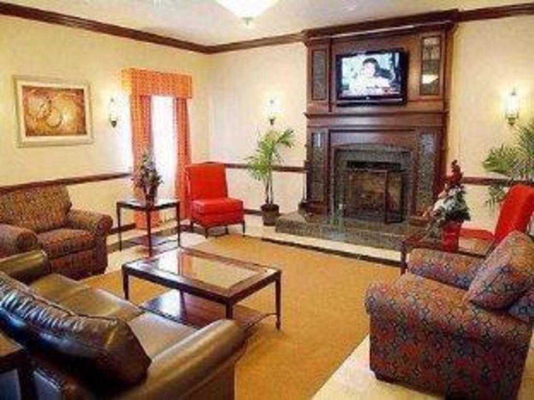 book holiday inn columbus n i 270 worthington columbus. Black Bedroom Furniture Sets. Home Design Ideas