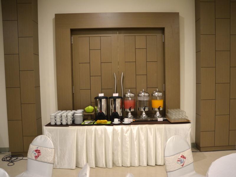 Hotel Hotel Dewanti - Jl. Dr. Wahidin Sudirohusodo No.45 - Cirebon