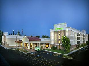 Booking Now ! Holiday Inn Chicago North - Gurnee