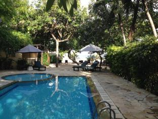 The Benoa Beach Front Villas Bali - Swimming Pool