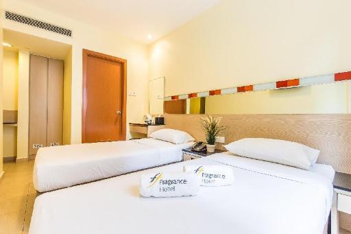 ➦  Fragrance Hotel    customer rating