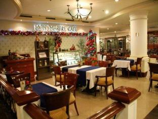 Grand Regal Hotel Davao Davao City - Coffee Shop/Café