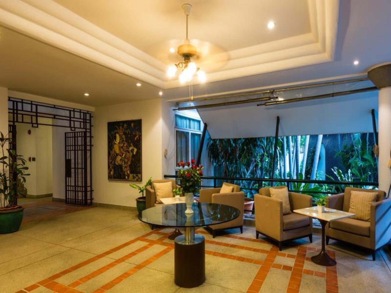 อาร์ซีจี สวีทส์ พัทยา (RCG Suites Pattaya)
