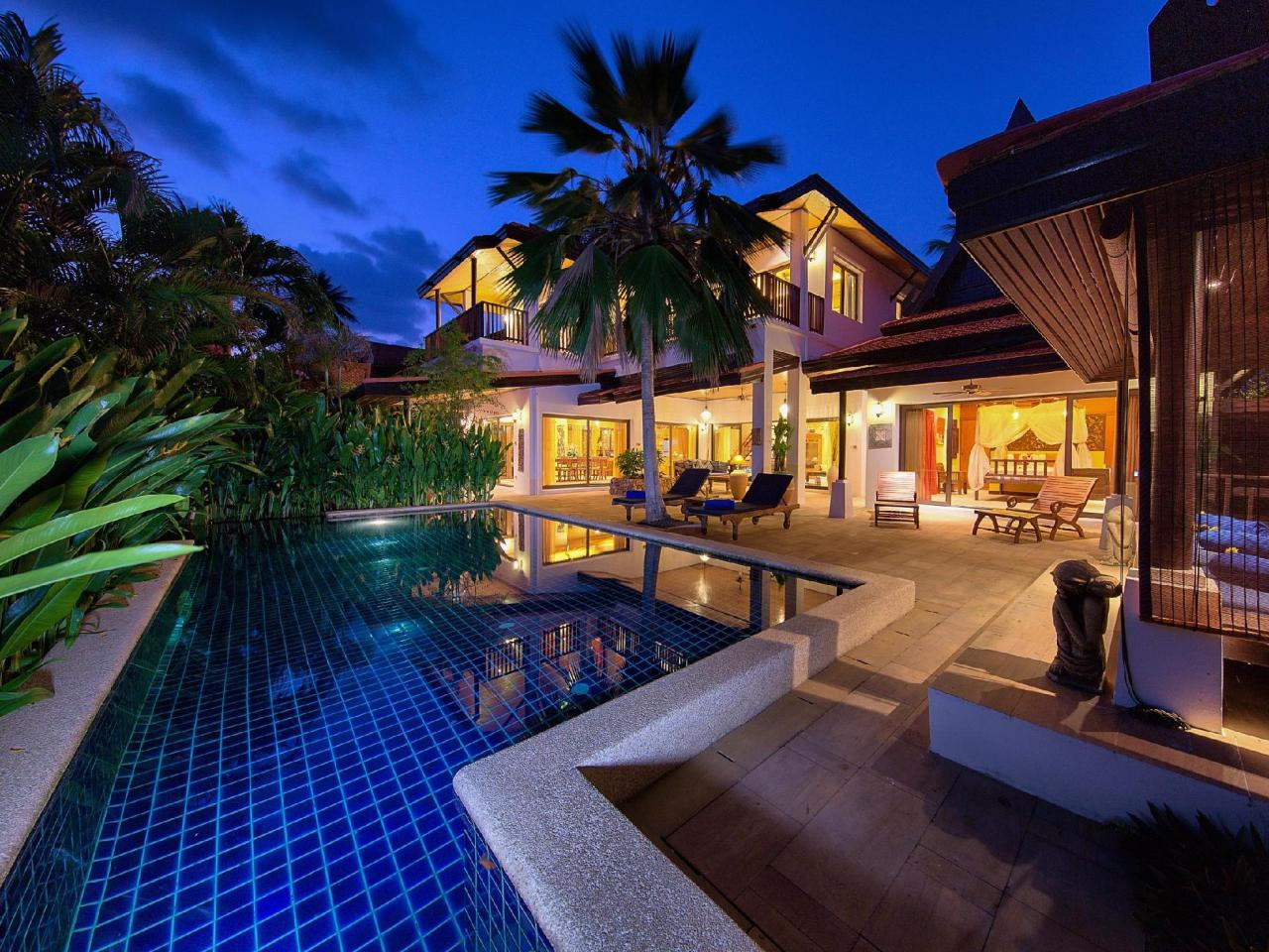บ้าน บัว 3 เบดรูม บีชไซด์ วิลลา (Baan Buaa 3 Bedroom Beachside Villa)