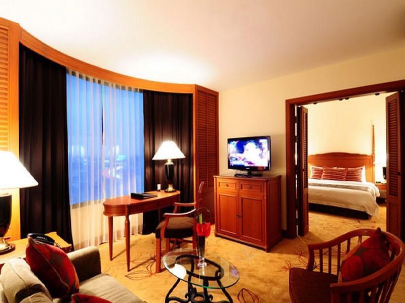 โรงแรมเซ็นจูรี่ พาร์ค