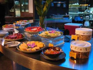 Maxx Hotel Bangkok - Food and Beverages