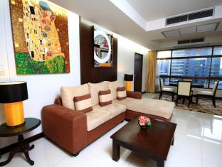 Pinnacle Lumpinee Park Hotel Bangkok - Pinnacle Suite