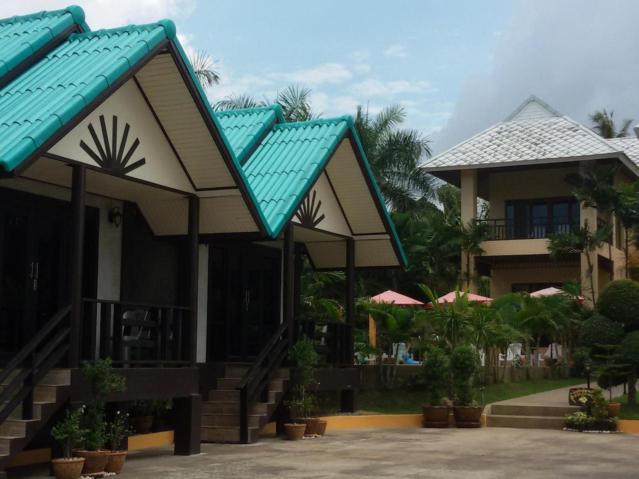อ่าวไทย บางเสร่ รีสอร์ต 2 (Ao Thai Bangsare Resort 2)
