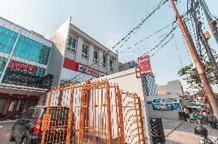 8C, Jl. RC. Veteran Raya No.8C, RT.3/RW.1, Bintaro, Kec. Pesanggrahan, Jakarta