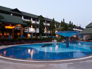 Grand Jomtien Palace Hotel Pattaya - Shamu Swimming Pool