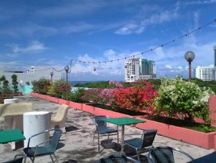 Hotel Mingood Penang - Sea view Roof Garden