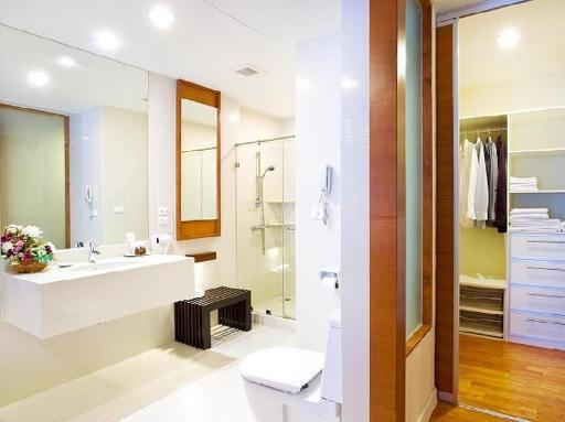 ➦  Narai Hotel Group    customer rating
