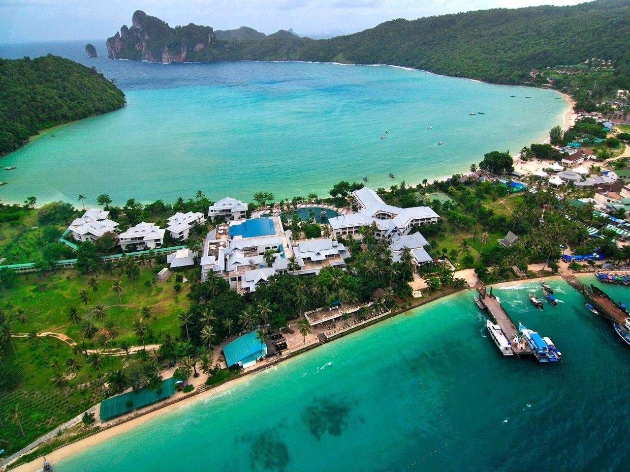 โรงแรมพีพี ไอส์แลนด์ คาบาน่า (Phi Phi Island Cabana Hotel)