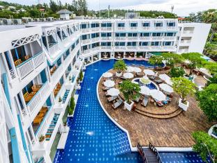 Andaman Seaview Hotel Karon Beach Phuket - Main Pool