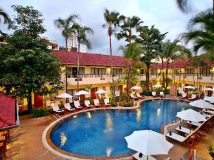 Horizon Patong Beach Resort & Spa פוקט - בית המלון מבחוץ