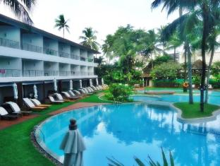 Patong Beach Hotel Phuket - Main Pool