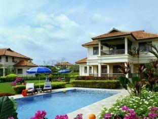 Bintan Lagoon Villas