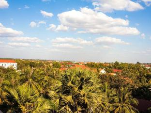 Ree Hotel Siem Reap - City View