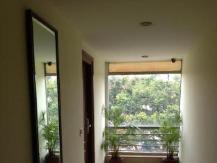 Empire Suites Bangalore - Balcony/Terrace