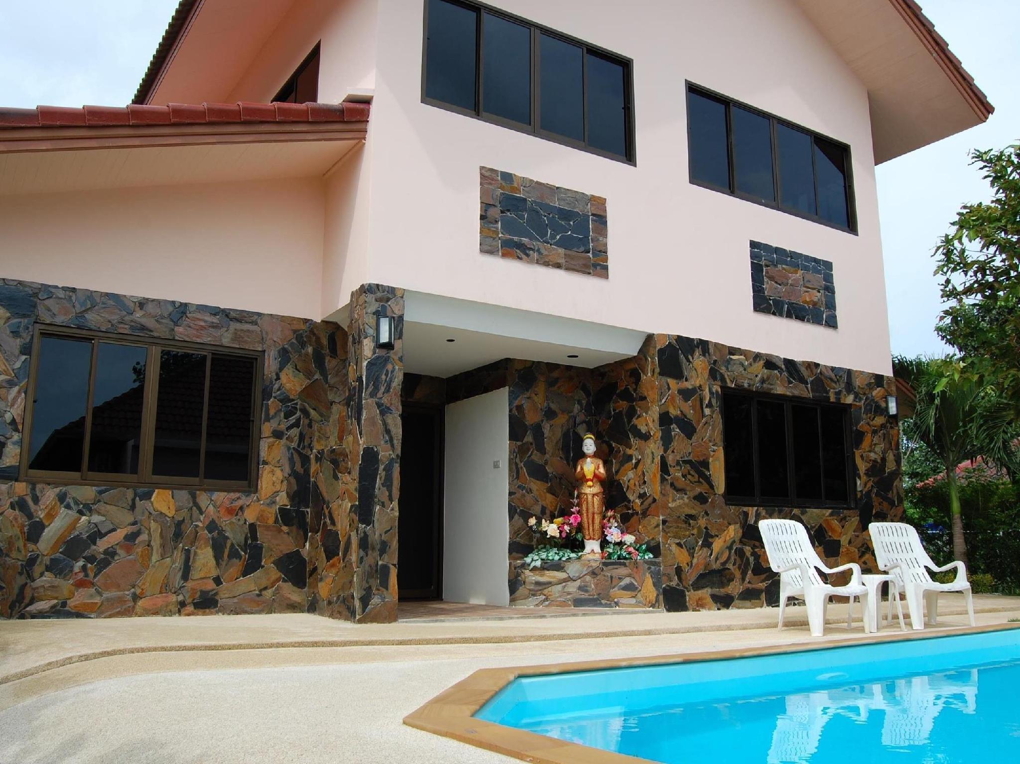 ตาน ร็อค วิลลา - Tan Rock Villa