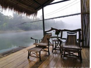 Boutique Raft Resort River Kwai Sai Yok (Kanchanaburi) - Balcony/Terrace