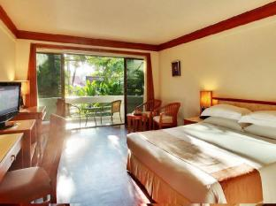 Safari Beach Hotel Phuket - Contemporary Thai Deluxe