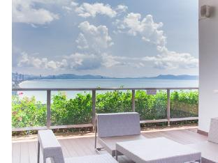 Lumpini Jomtien Beachfront Trendy Living