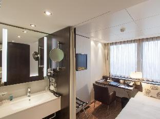 Park Inn by Radisson Berlin Alexanderplatz guestroom junior suite