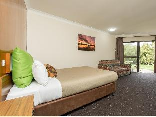 Best PayPal Hotel in ➦ Renmark: The Frames Luxury Accommodation