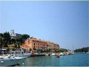 Booking Now ! Apartments Riva