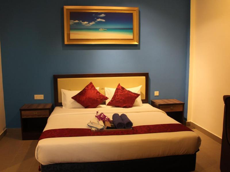 Royal Agate Beach Resort 1