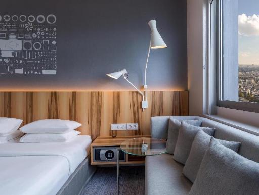 Best guest rating in Paris ➦ Novotel Paris Centre Tour Eiffel Hotel takes PayPal