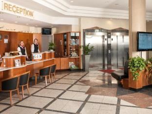 Dorint Airport-Hotel Berlin-Tegel Berlin - Lobby