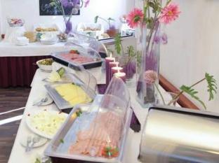 City54 Hotel & Hostel Berlin - Quầy buffet