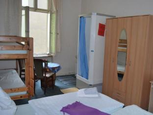 Hotel-Pension Uhland Berlin - Guest Room