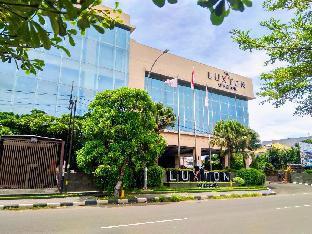 Luxton Cirebon Hotel and Convention