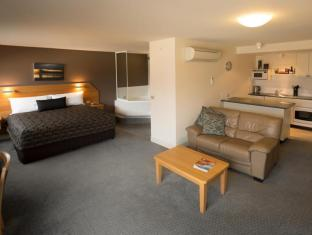 The Old Woolstore Apartment Hotel Hobart - Executive Spa Apartment