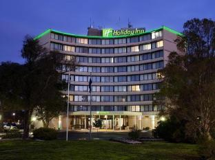 Holiday Inn Melbourne Airport Hotel