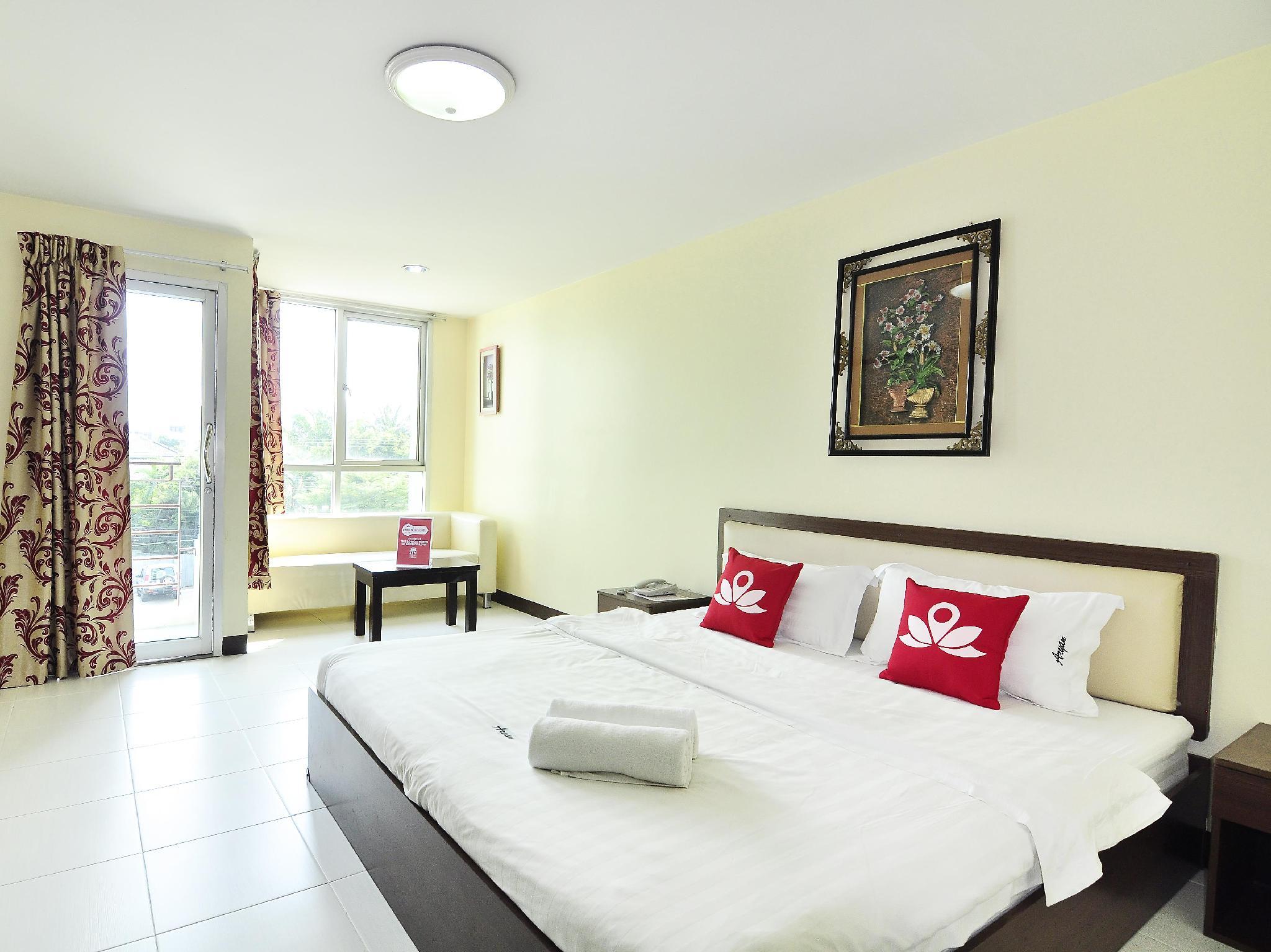 ZEN Rooms Inthamara Soi 34