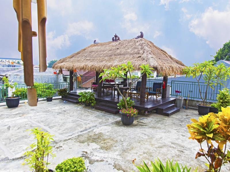 Hotel RedDoorz @ Rempoa - Jalan Flamboyan Bawah III, No.128, Rempoa Ciputat Timur - Tangerang