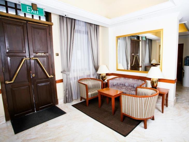 Chinatown Hotel photo 4