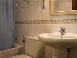 Hostal La Vera Madrid - Bathroom