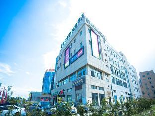 GreenTree Inn Suzhou International Film City South Jinshan Road Express Hotel