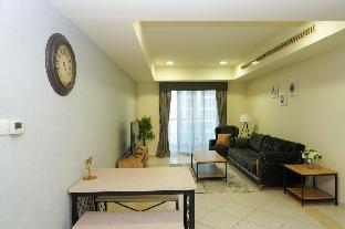 47 Full Apt in tallest tower+sea view+free parking - image 3
