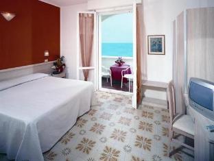 Get Coupons Hotel Alexandra