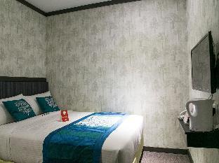 OYO 160 Javelin Hotel