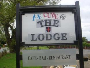 The Lodge Durham - Exterior
