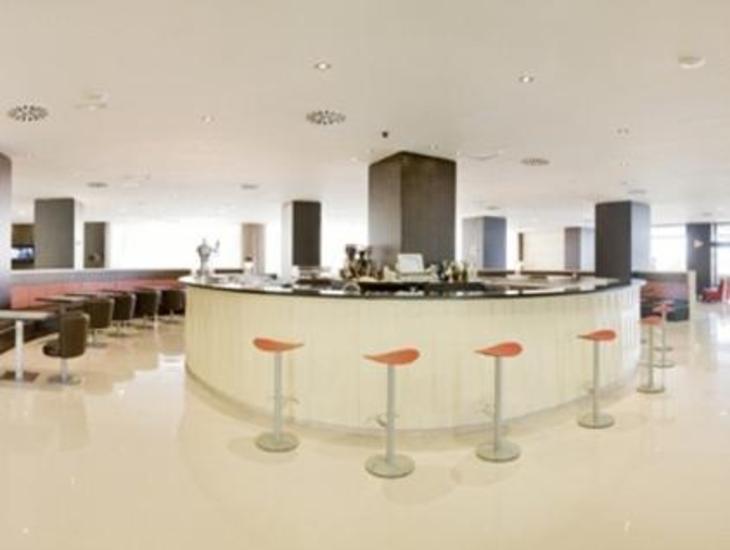 Gran Hotel Cervantes by Blue Sea photo 4