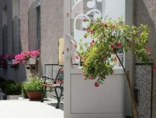 Get Coupons The Secret Garden Hostel