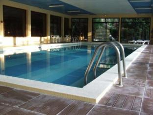 Brit Hotel Le Laca Capvern - Swimming Pool
